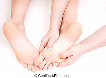 reflexology, massagem, terapeuta, pé, apertando, zonas