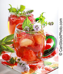 Refreshing summer drink - Refreshing summer ice tea with...
