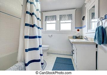 Refreshing white bathroom