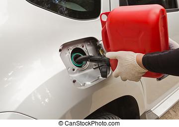 refuelling of petrol