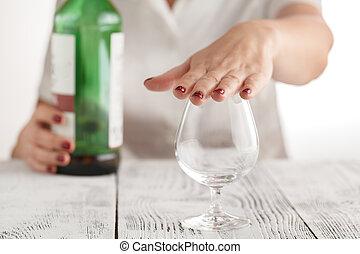 refuses, femme, alcool, boisson