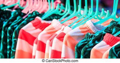 regal, hängen, kaufmannsladen, kleidung