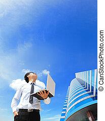 regard, business, ordinateur portable, nuage ciel, homme