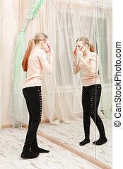 regarder, adolescente, miroir