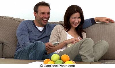 regarder, couple, agréable, tv