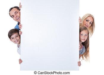 regarder dérobée, famille, derrière, planche, vide, portrait
