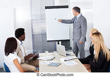 regarder, expliquer, businesspeople, homme