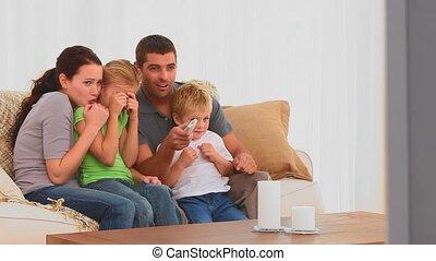 regarder, film effrayant, famille