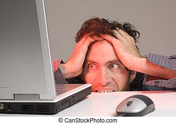 regarder, informatique, homme, désespoir