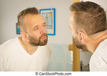 regarder, lui-même, homme, miroir