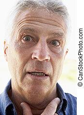 regarder, milieu, portrait, vieilli, surpris, homme