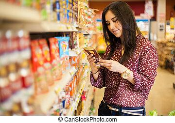 regarder, nourriture, étiquette