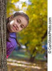 regarder, parc, arbre, automne, girl, dehors