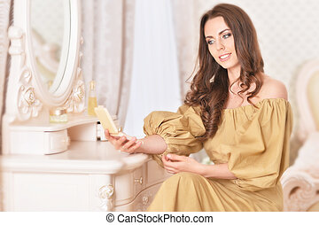 regarder, séduisant, femme, jeune, miroir