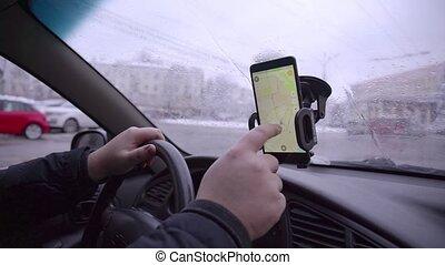 regarder, voiture, navigateur, endroit, homme