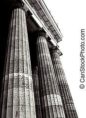 Regensburg17 - Pillars of Regensburg, Germany