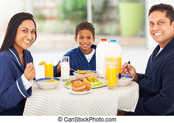 reggeli, indiai, birtoklás, család, boldog