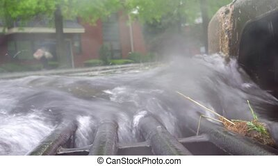 regnerischer tag, in, stadt straßen, bewässern fallen,...