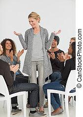 rehab, groep, applauding, het glimlachen, woma