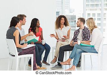 rehab, grupp, talande, terapeut