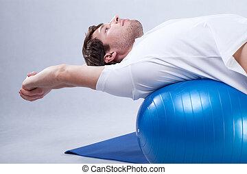 rehabilitatie, stretching, op, bal
