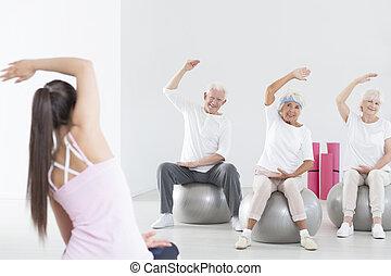 Rehabilitation on exercise balls