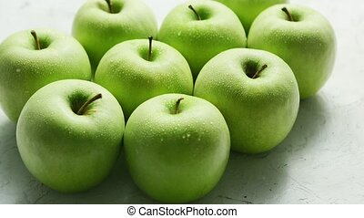 reif, grüne äpfel, in, tropfen