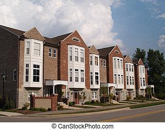 reihe, von, mauerstein, eigentumswohnungen, mit, erkerfenster