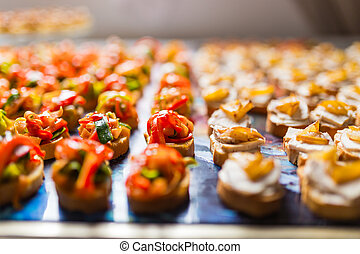 reihen, canapes