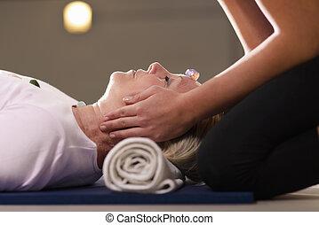 reiki, terapi, med, flicka, arbete, som, ande, botemedel,...