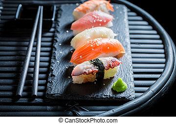 reis, meeresfrüchte, sushiplatte, closeup, nigiri