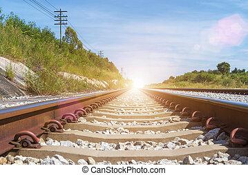 reizen, en, vervoer, achtergrond, concept., lege, spoorweg, of, spoorweg, voetspooren, met, blauwe hemel, op, sunrise., afbeelding, voor, optellen, tekst, message., achtergrond, voor, ontwerp, kunst, work.