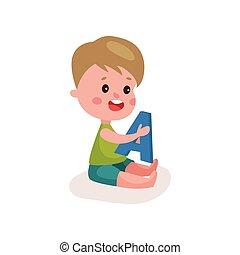 reizend, kleiner junge, sitzen boden, spielende , mit, brief, kind, lernen, durch, spaß, und, spielen, bunte, karikatur, vektor, abbildung