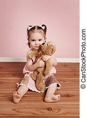 reizend, kleines mädchen, und, teddybär