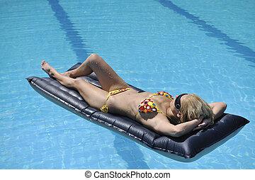 relâcher, piscine, femme, beau
