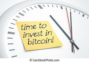 relógio, com, nota pegajosa, tempo, investir, em, bitcoin