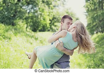 relatio, dulce, pareja, oferta, beso, amor, aire libre