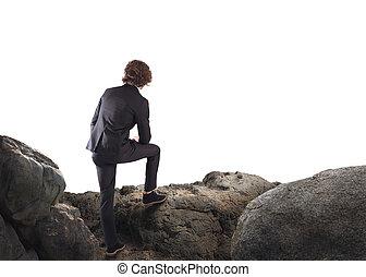 relaxado, homem negócios, pensando, aproximadamente, futuro