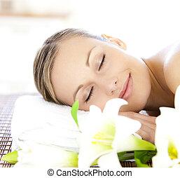 relaxado, tratamento, obtendo, spa, mulher