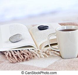 relaxante, leitura, com, chá