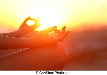 relaxante, mãos, pôr do sol, ioga, mulher, ao ar livre