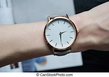 reloj de pulsera, wrist., primer plano, hembra