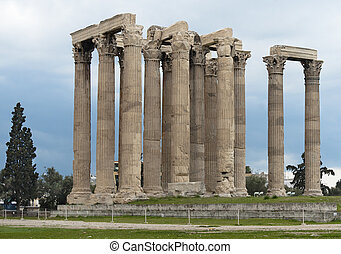 Remains of Olympieion temple - Columns of Olympian Zeus...