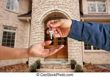 remettre, clés, maison, sur, nouveau, devant, maison