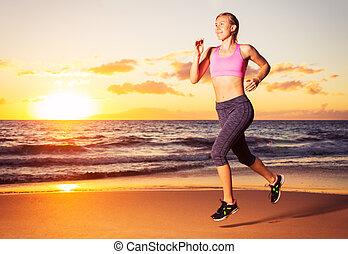 rennender , frau, sonnenuntergang, fitness