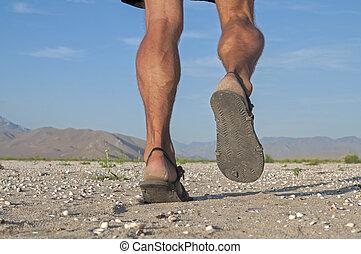 rennender , in, sandals