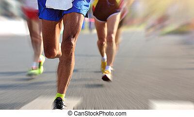 rennender , marathon, rennen