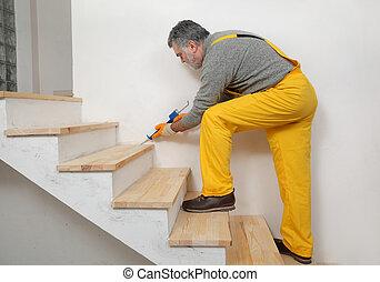 renovación casera, calafateo, de madera, escaleras, con,...