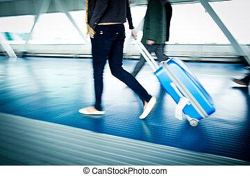 repülőtér, rohanás