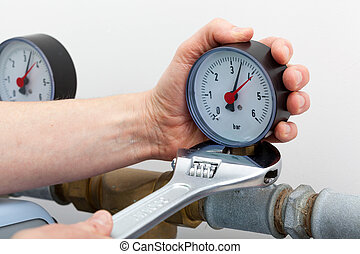 Repair of a pressure gauge with wrench